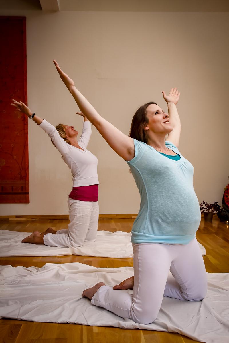 Blume-Schwangeren-yoga-Asana