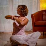 Yogajieper_fliegende_Haare-Hormonyoga_Freda-Louisa-Leverkuehn