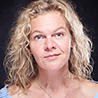 Portrait_Christine-Bachmann_functionalyoga_Hamburg_Schanze_Yogahof-Lima59
